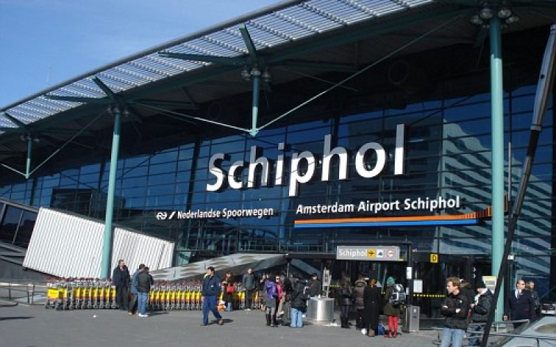 Aeroporto Amsterdam : Schiphol the amsterdam airport relies on red hat to