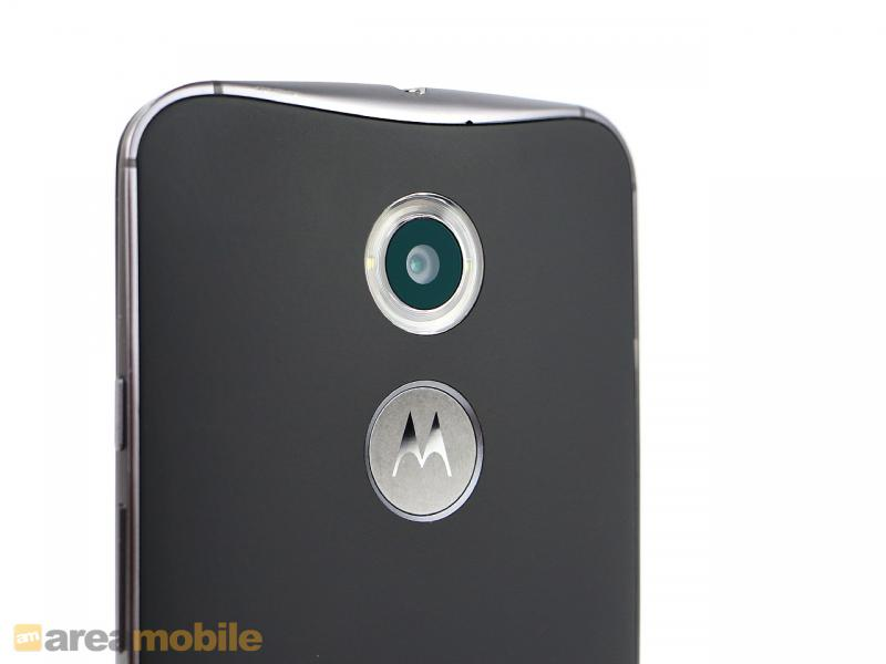 Moto X4: Moto Z2 Play is the first of its kind to look old