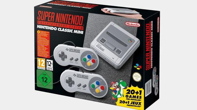Nintendo SNES Mini: retro console with 20 old and a new game