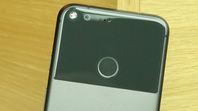 Google Pixel 2: FCC confirms small high-end smartphone